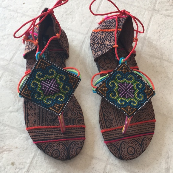 b959bf82c0944 Colorful tie up sandals from Thailand. M 5ae2272e9d20f00f431cf113
